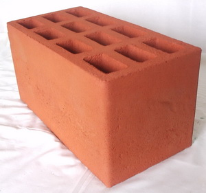 Фото красного блока